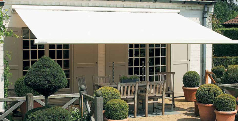 high quality retractable garden awnings